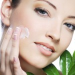 How to Treat Skin Imperfections with Natural Remedies